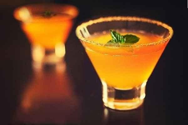 простые и красивые рецепты алкогольных коктейлей с водкой